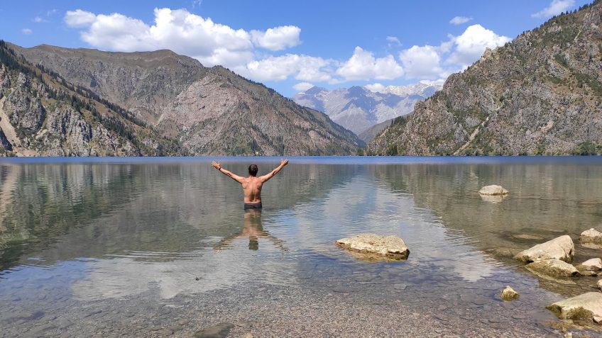 Half of Kyrgyzstan on beautiful lakes by car